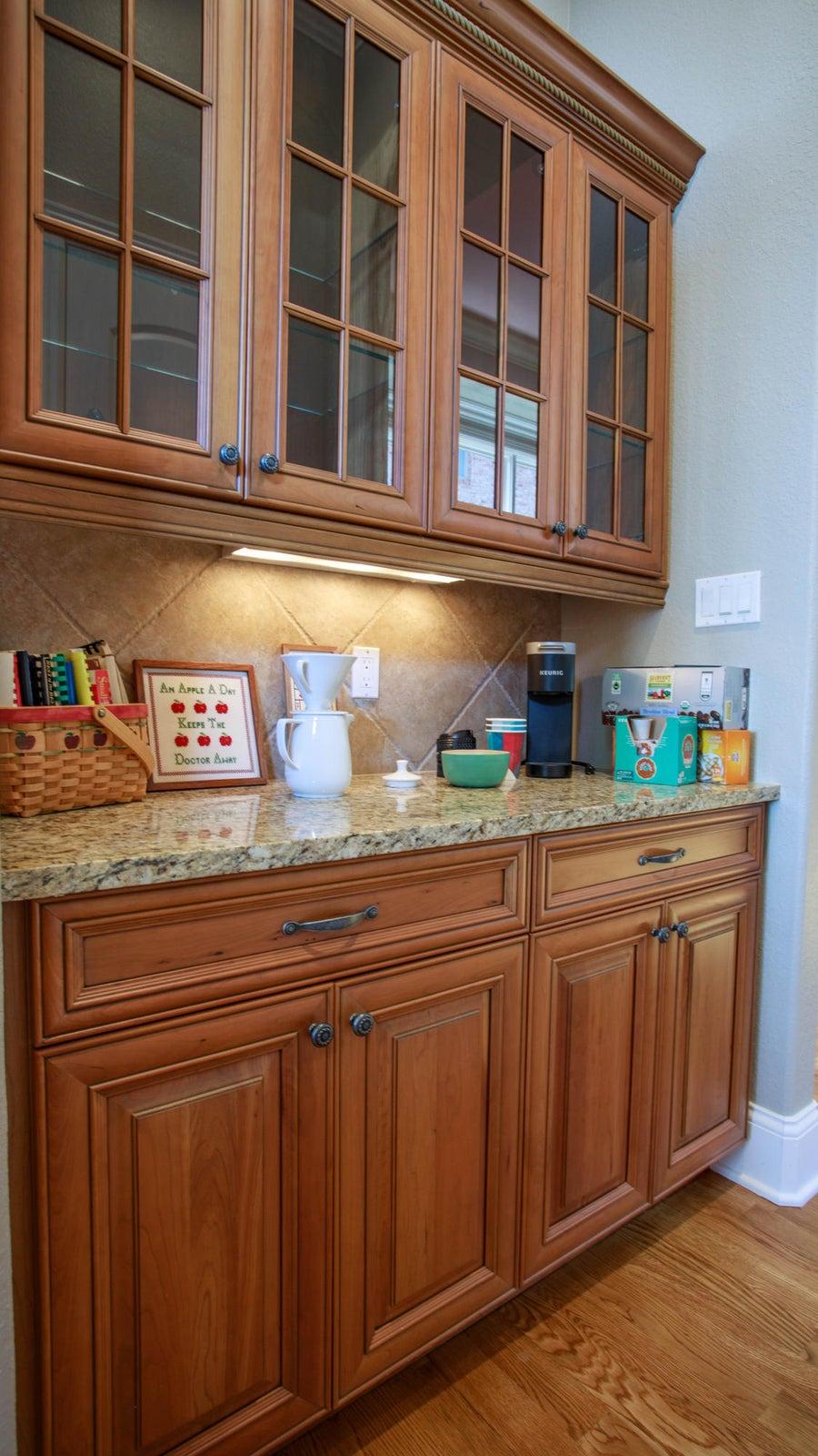 Butlers pantry - coffee/wine bar