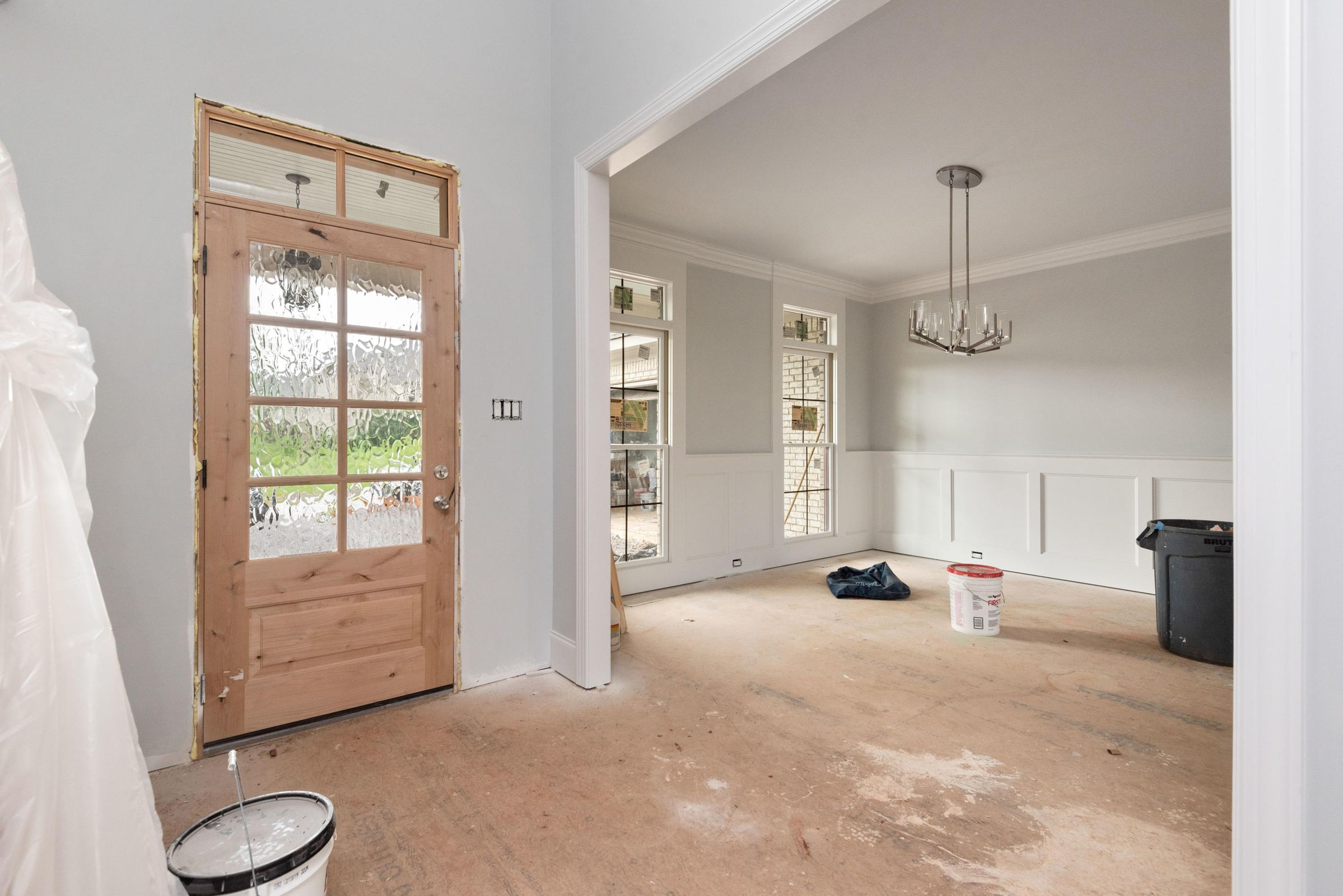 Entry and Formal Dining