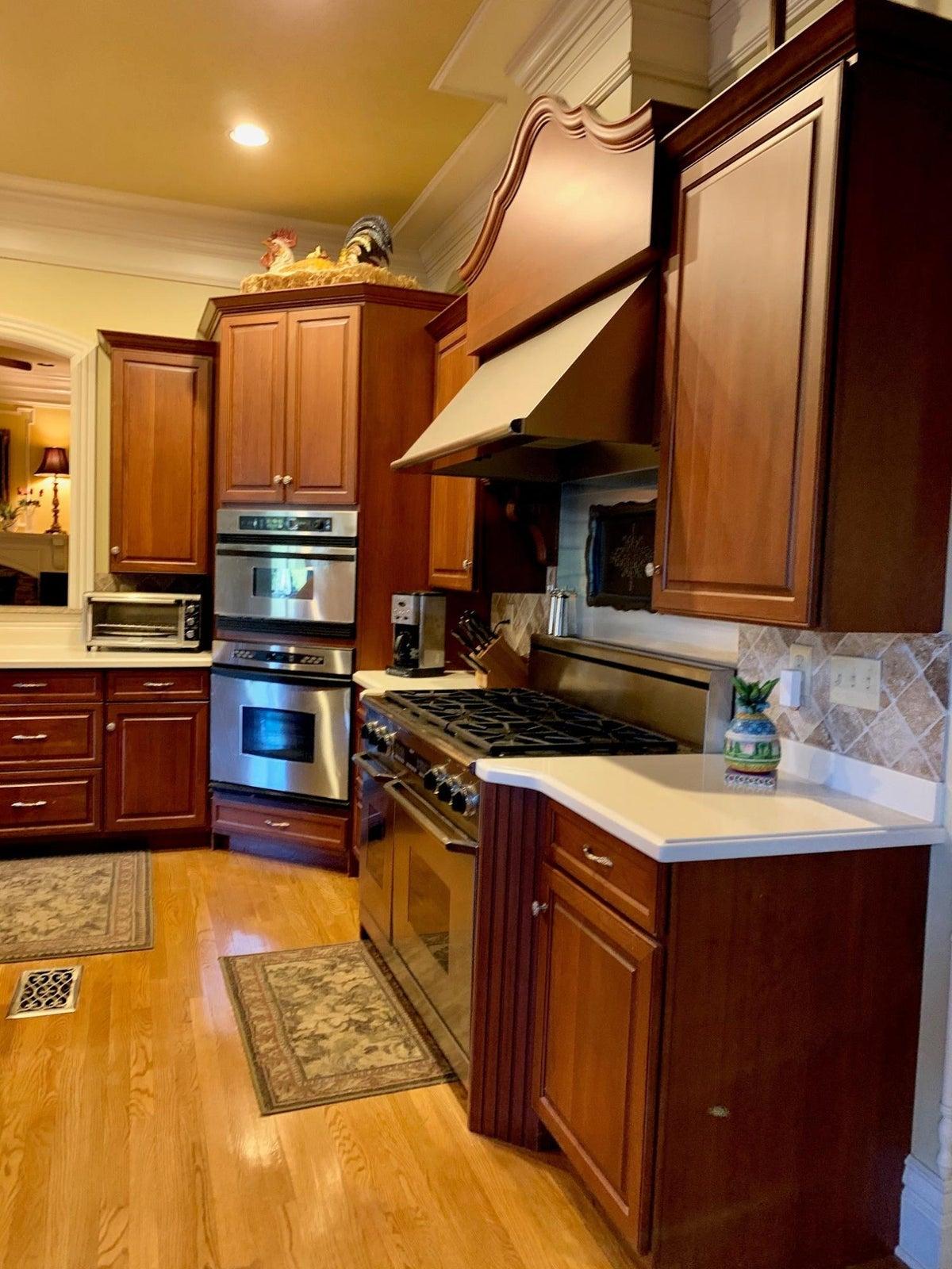 Main level kitchen 1