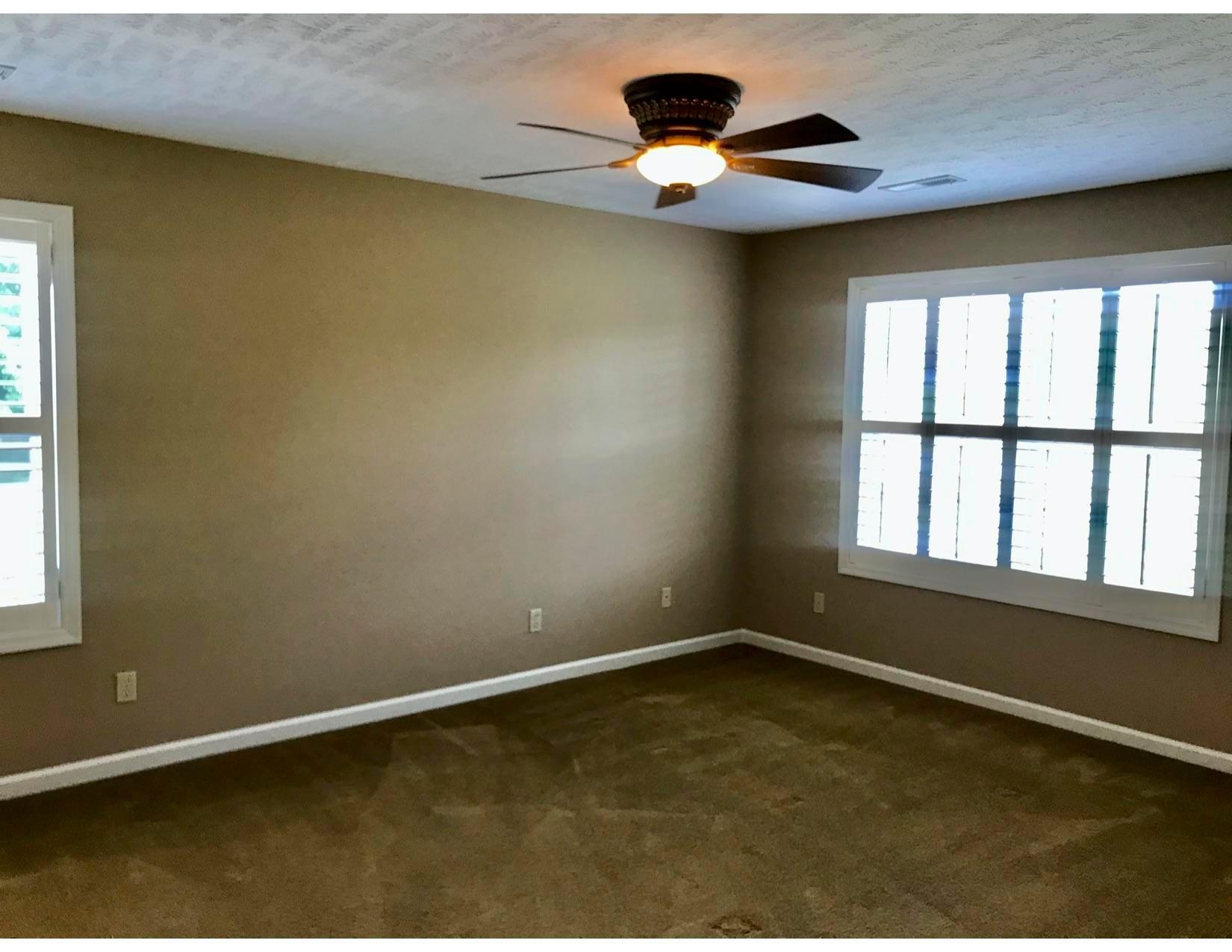 919 master bedroom
