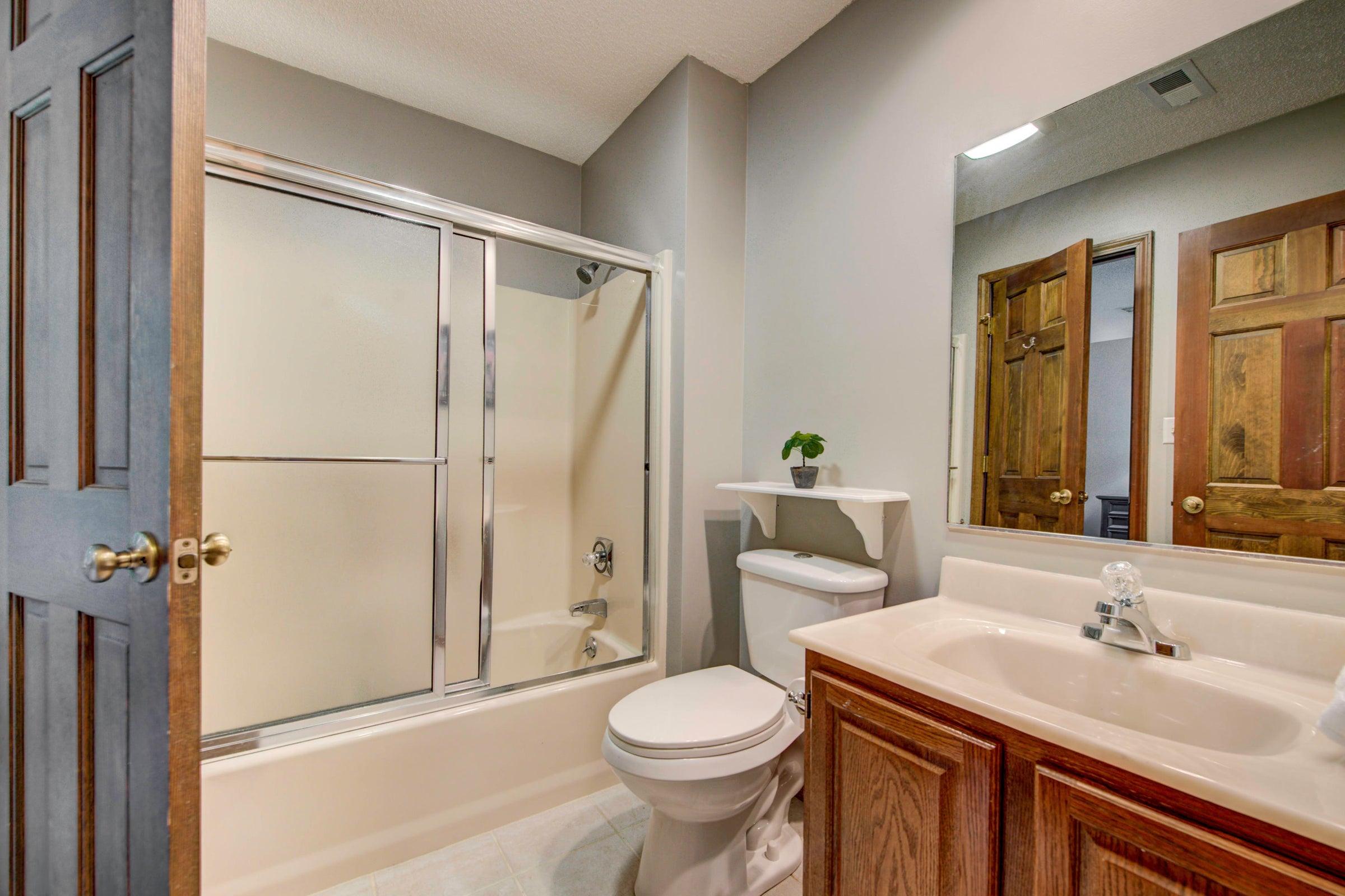 Full Bathroom- Basement
