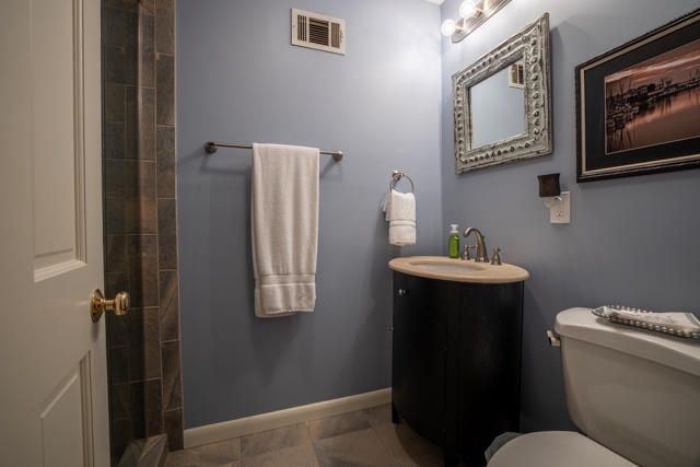 Hall Bath with Tile Shower