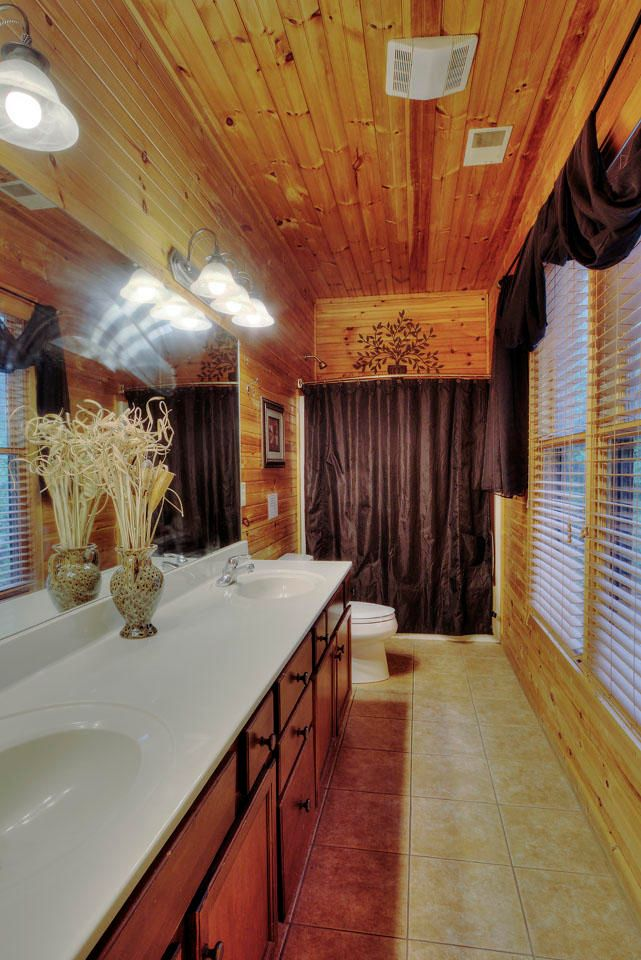 Smoky View Master Bathroom