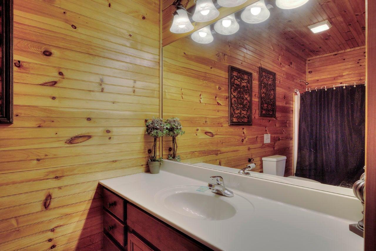 Smoky View Bathroom