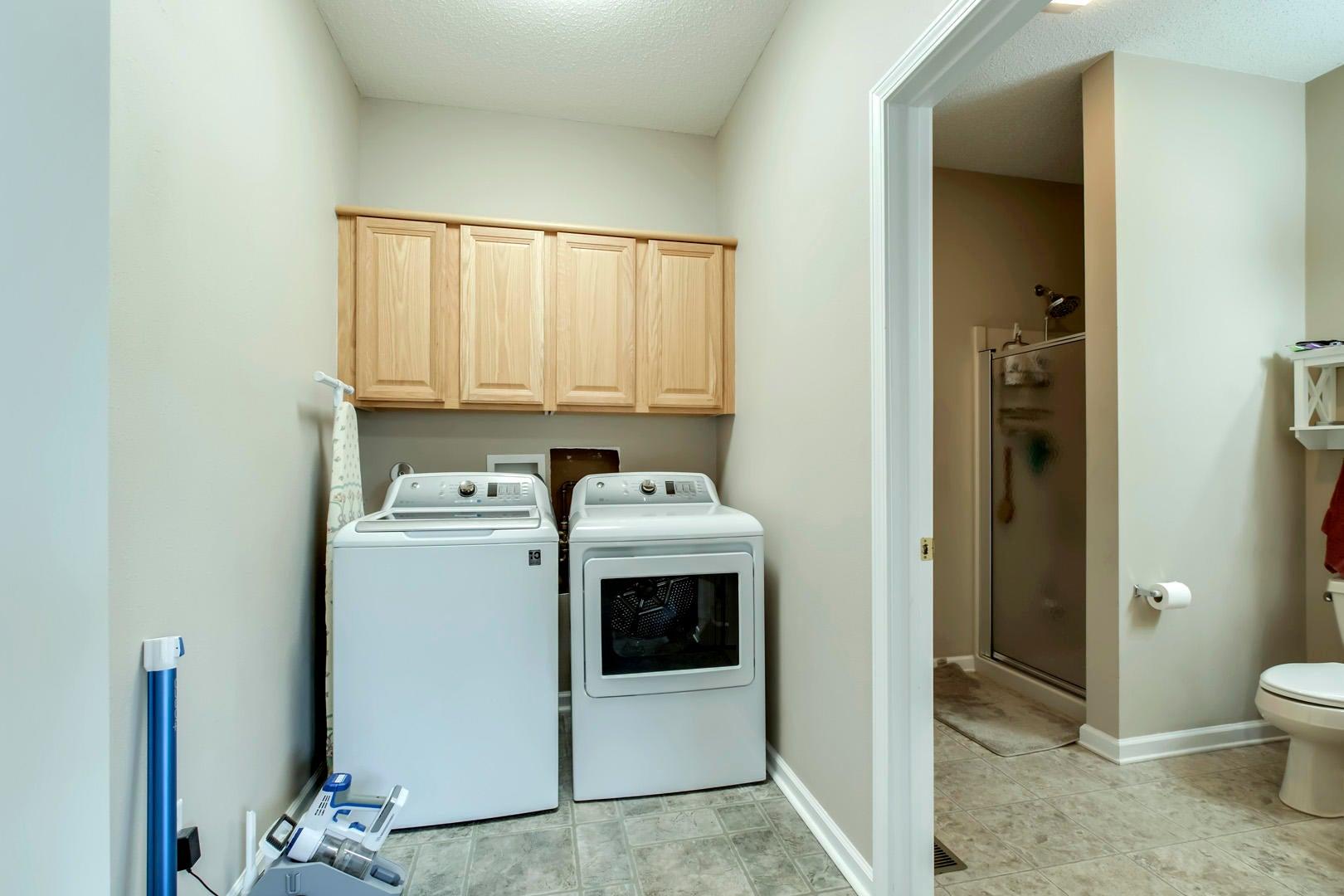 19_ChatugaWay_228_Mudroom-Laundry02
