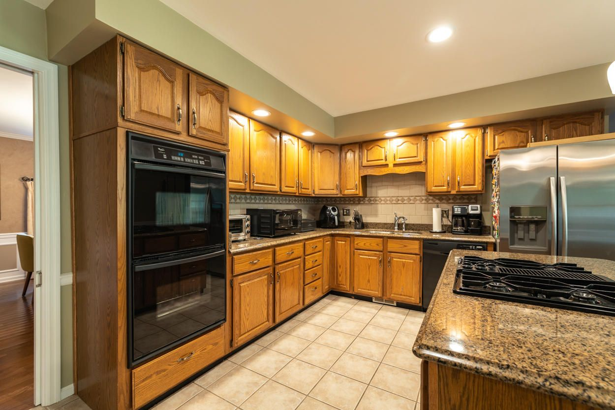 Double Ovens, Gas Cooktop