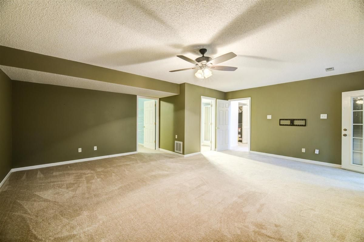 Enormous Owner's Suite