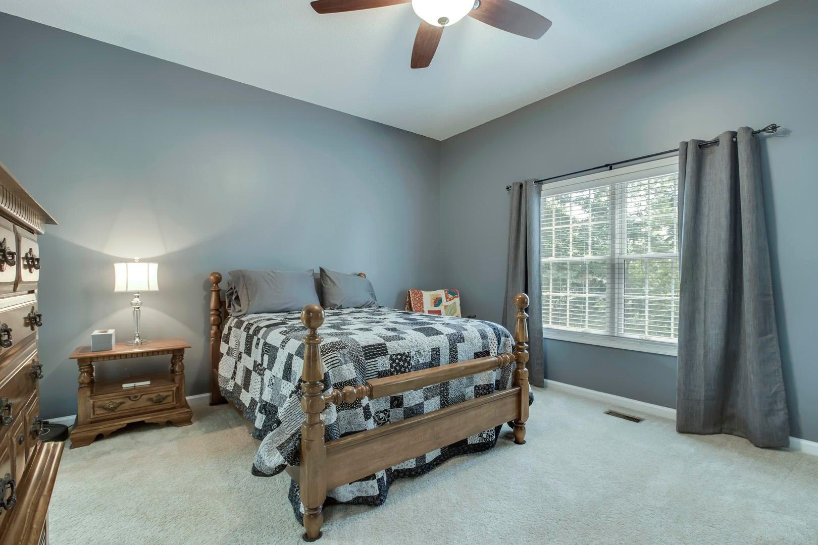 21_111 Vinita Lane_Bedroom2