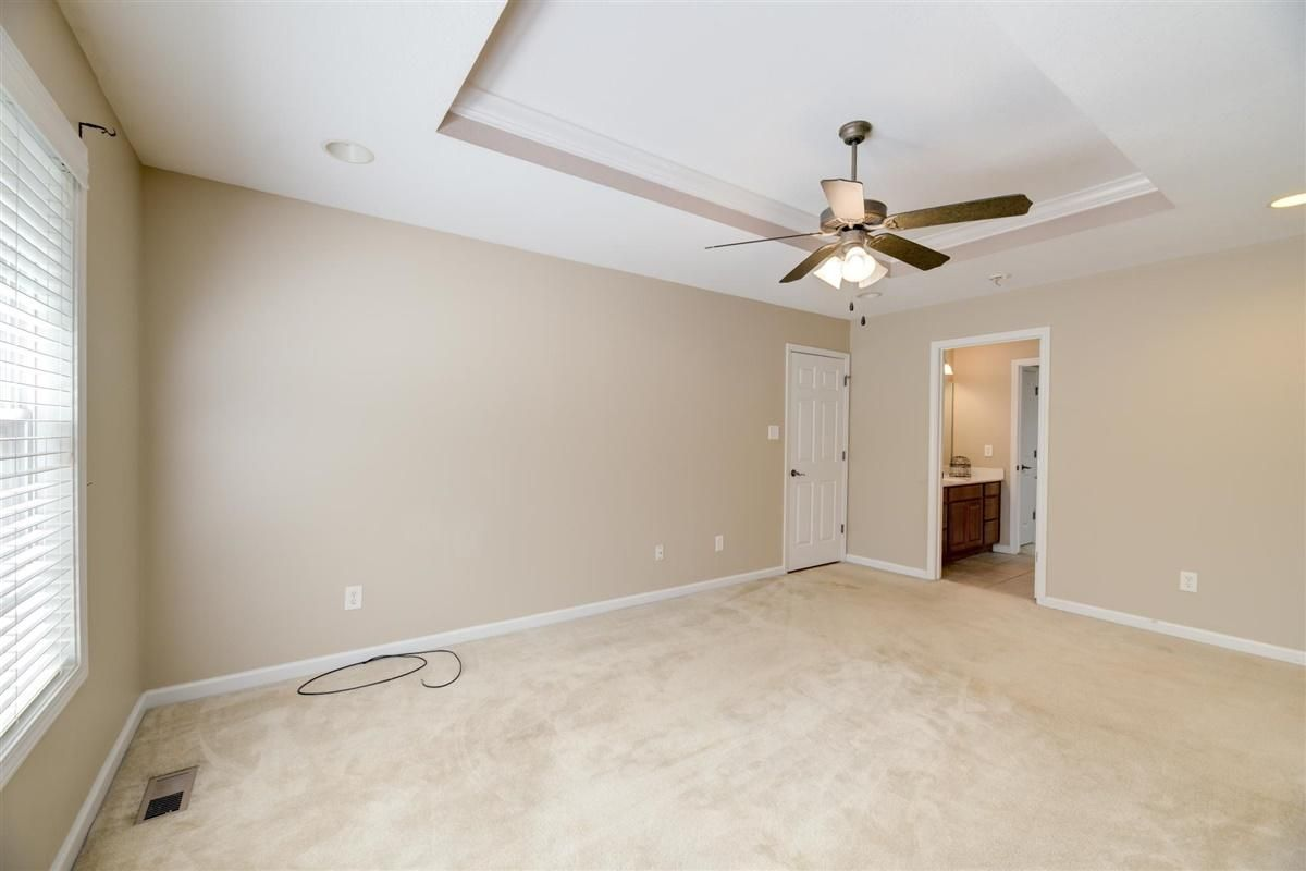09-8832-Carriage-House-Way-Knoxvill