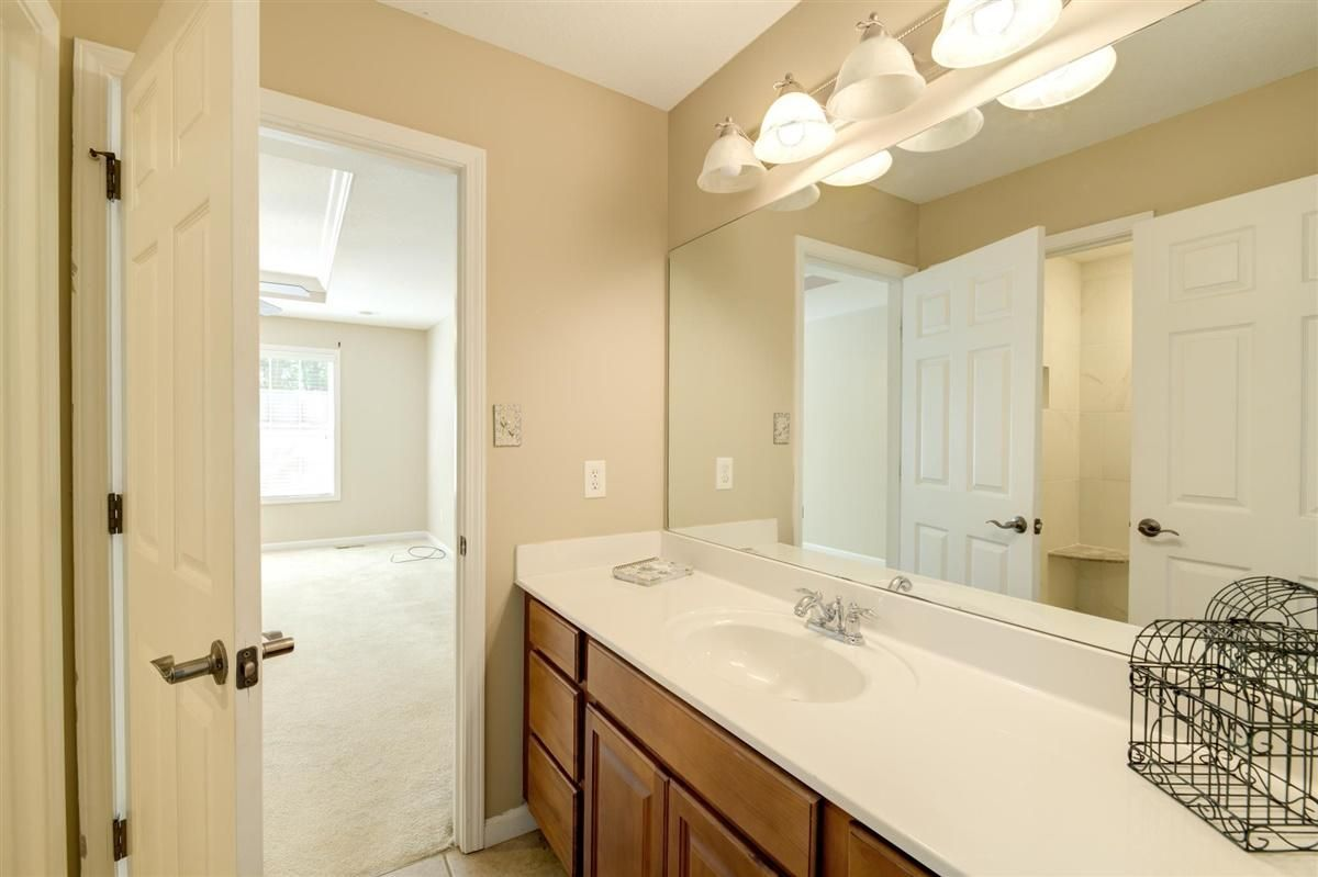 10-8832-Carriage-House-Way-Knoxvill