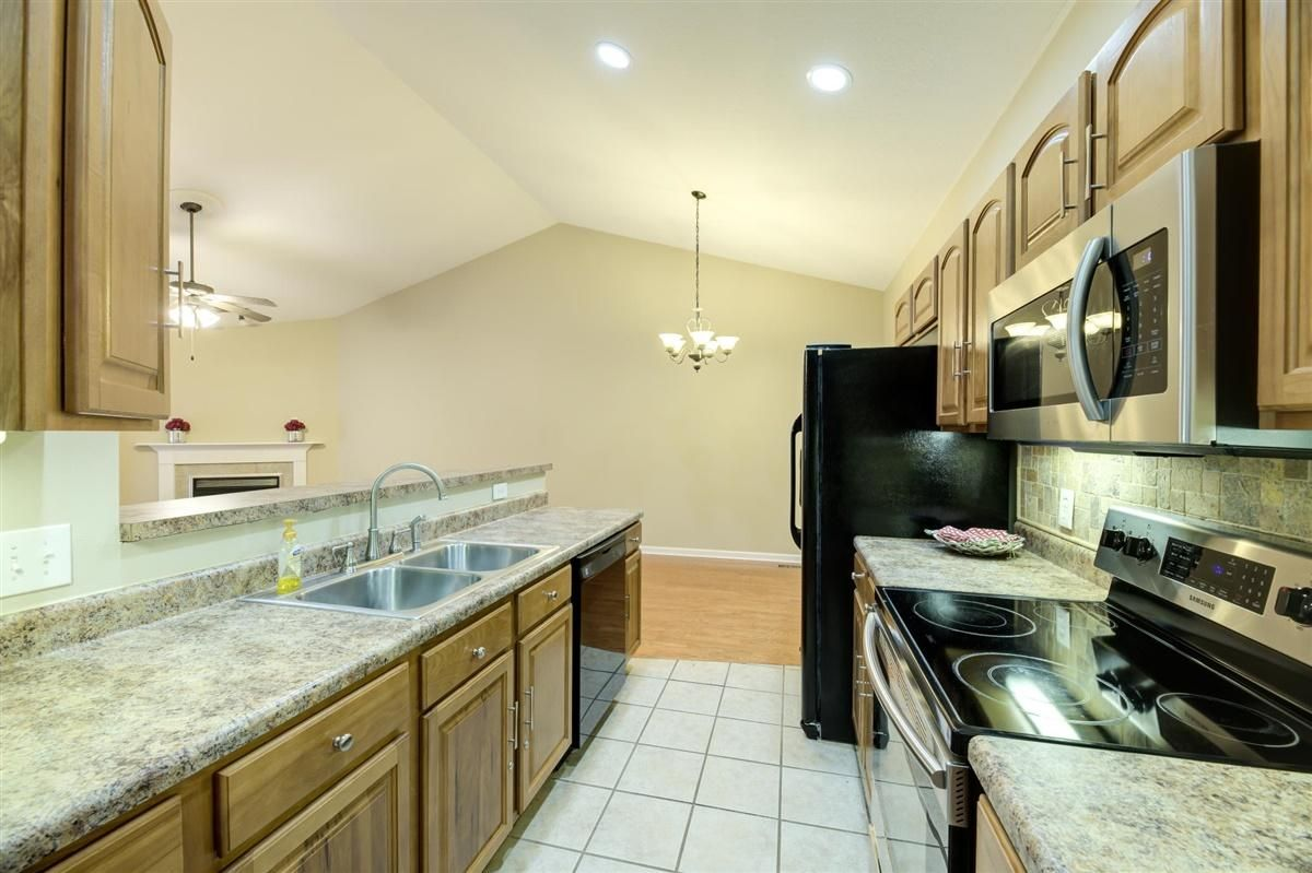 17-8832-Carriage-House-Way-Knoxvill