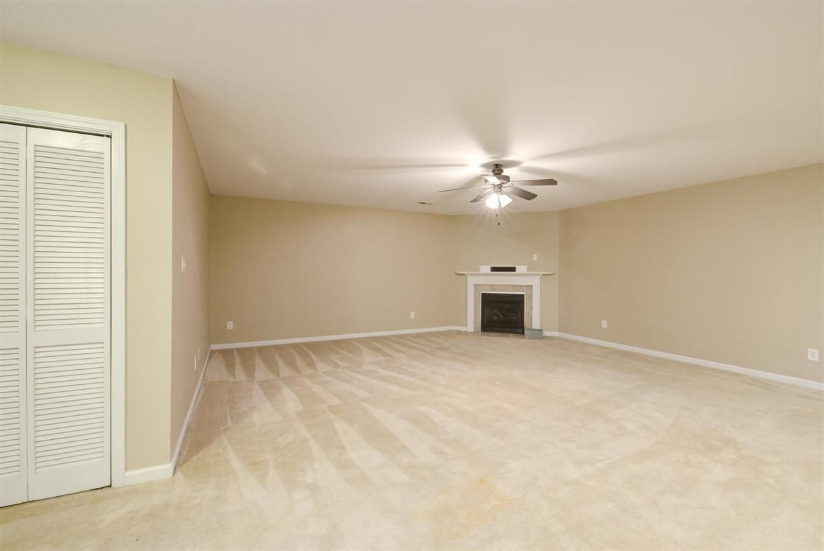 21-8832-Carriage-House-Way-Knoxvill
