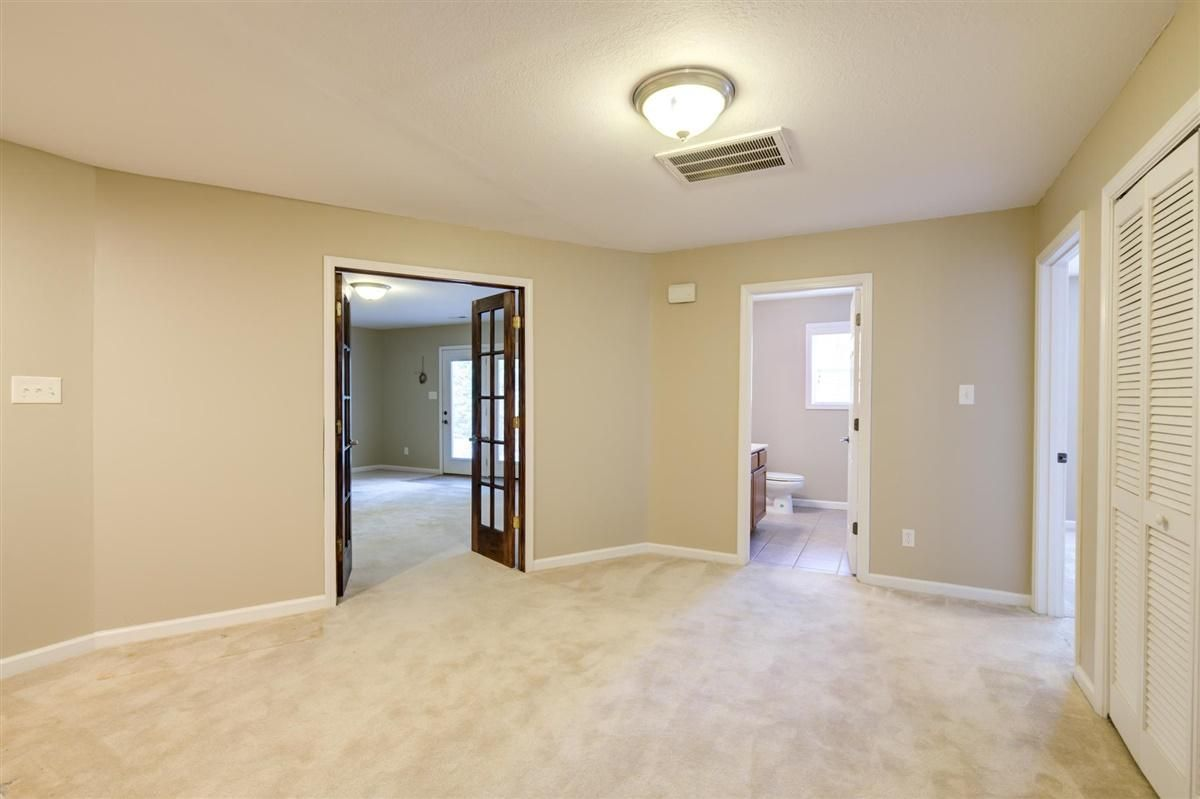 23-8832-Carriage-House-Way-Knoxvill