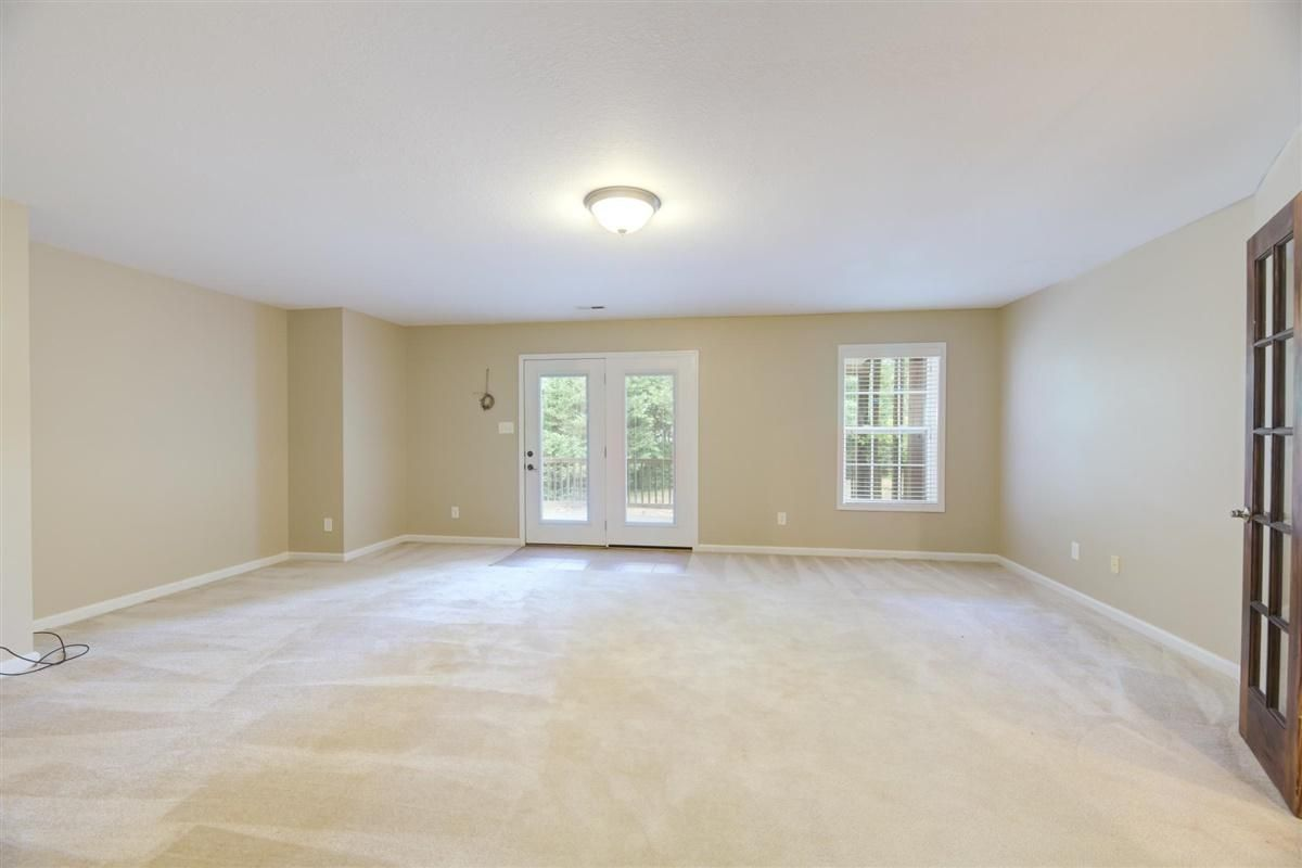 24-8832-Carriage-House-Way-Knoxvill