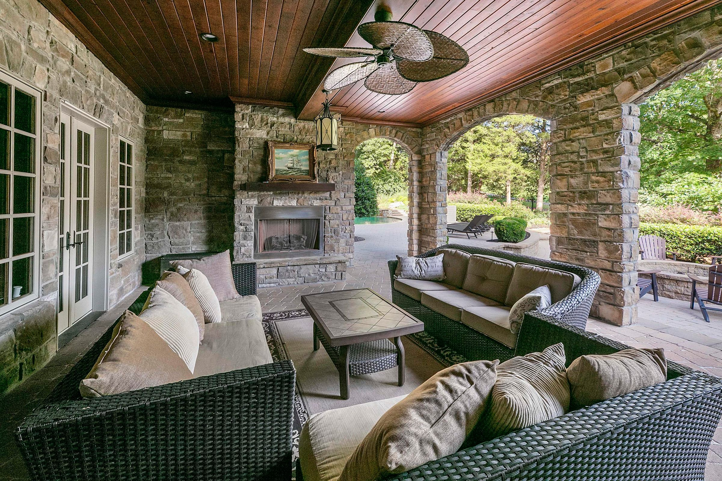 LL covered porch