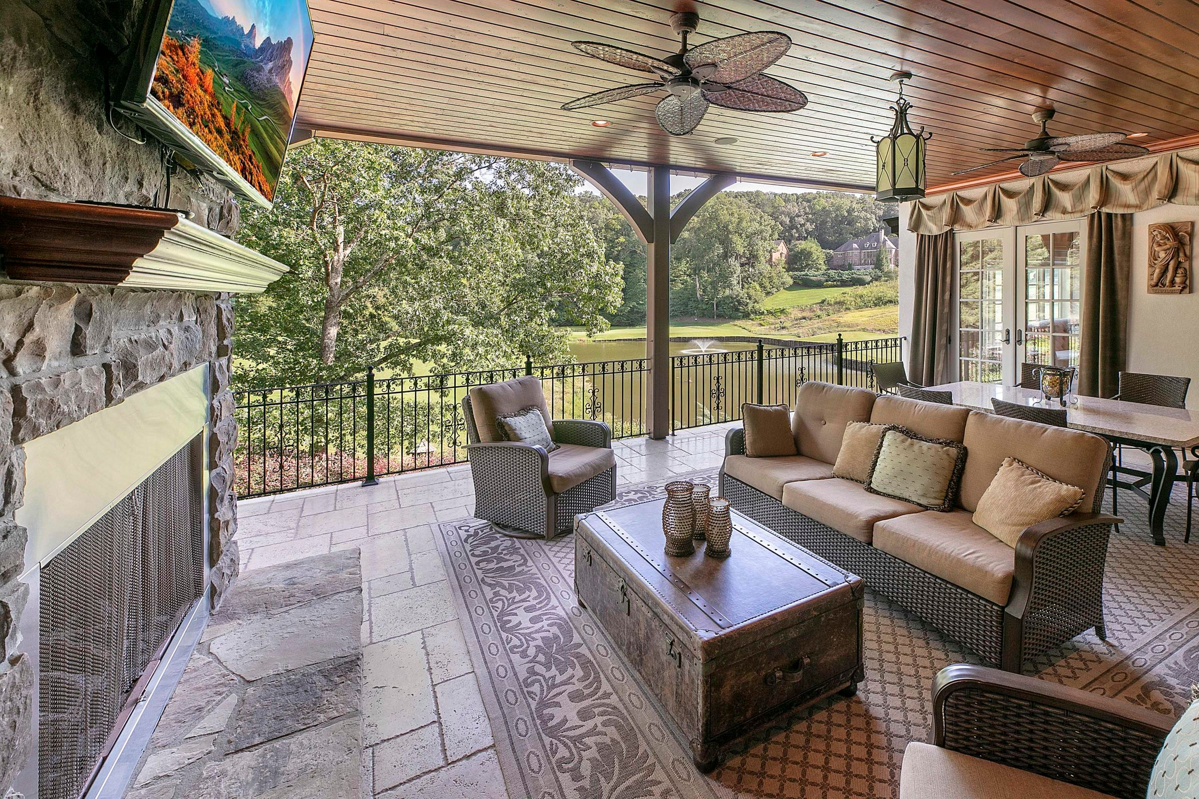 main level outdoor porch
