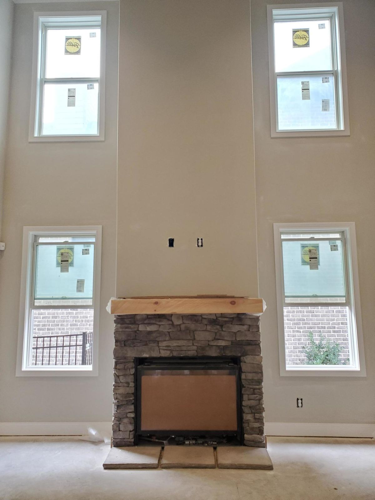 2 Story Great room, gas fireplace