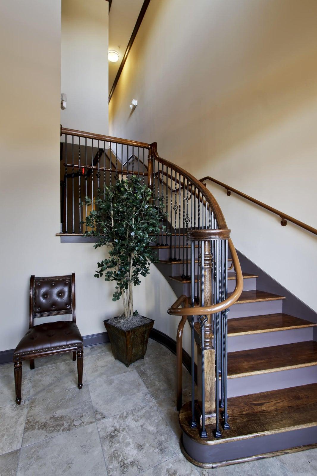 26_CVaRW_INT_Stairs