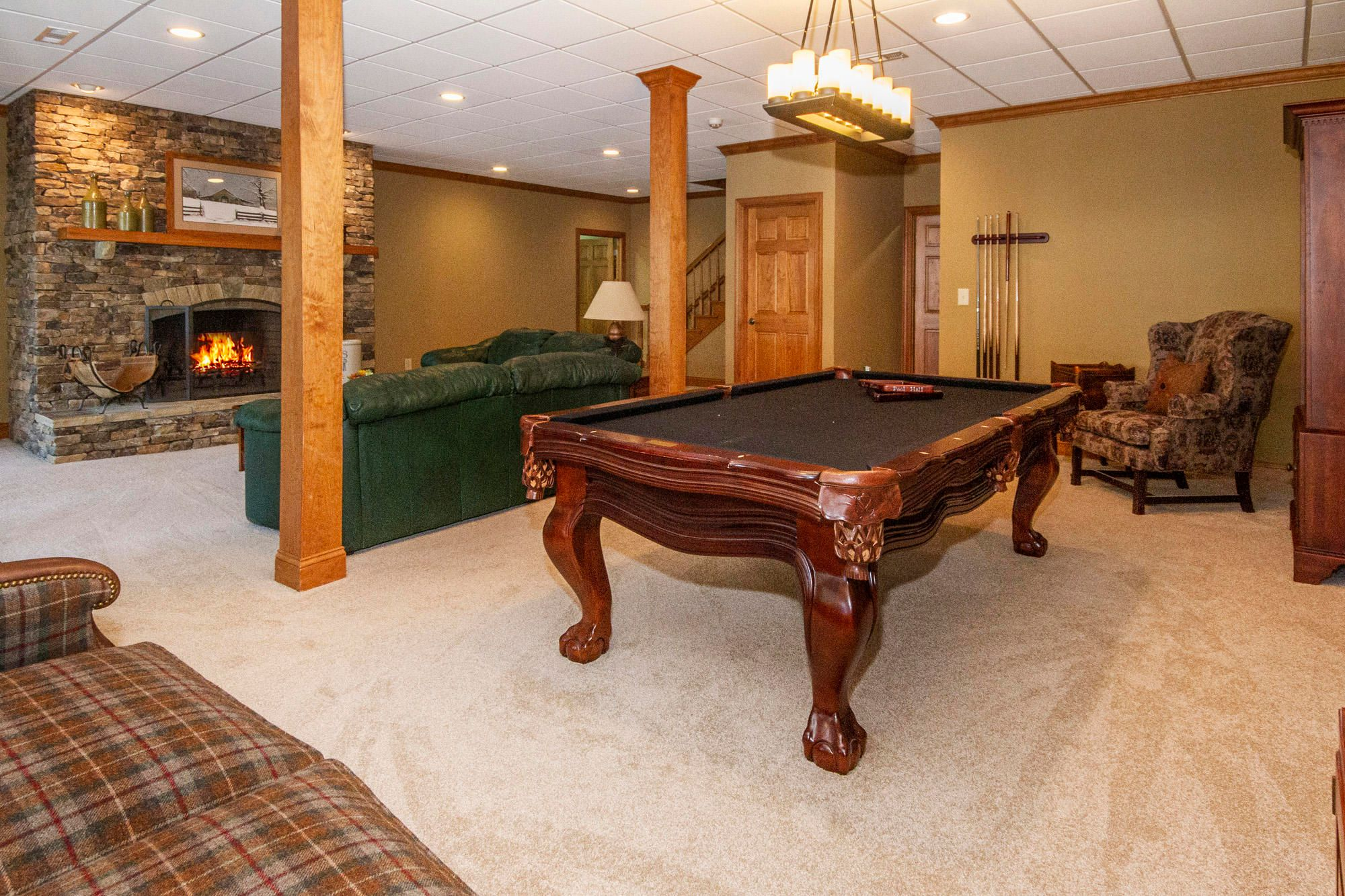 Pool Room Table Conveys