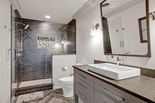 EnSuite Bathroom Upper Level