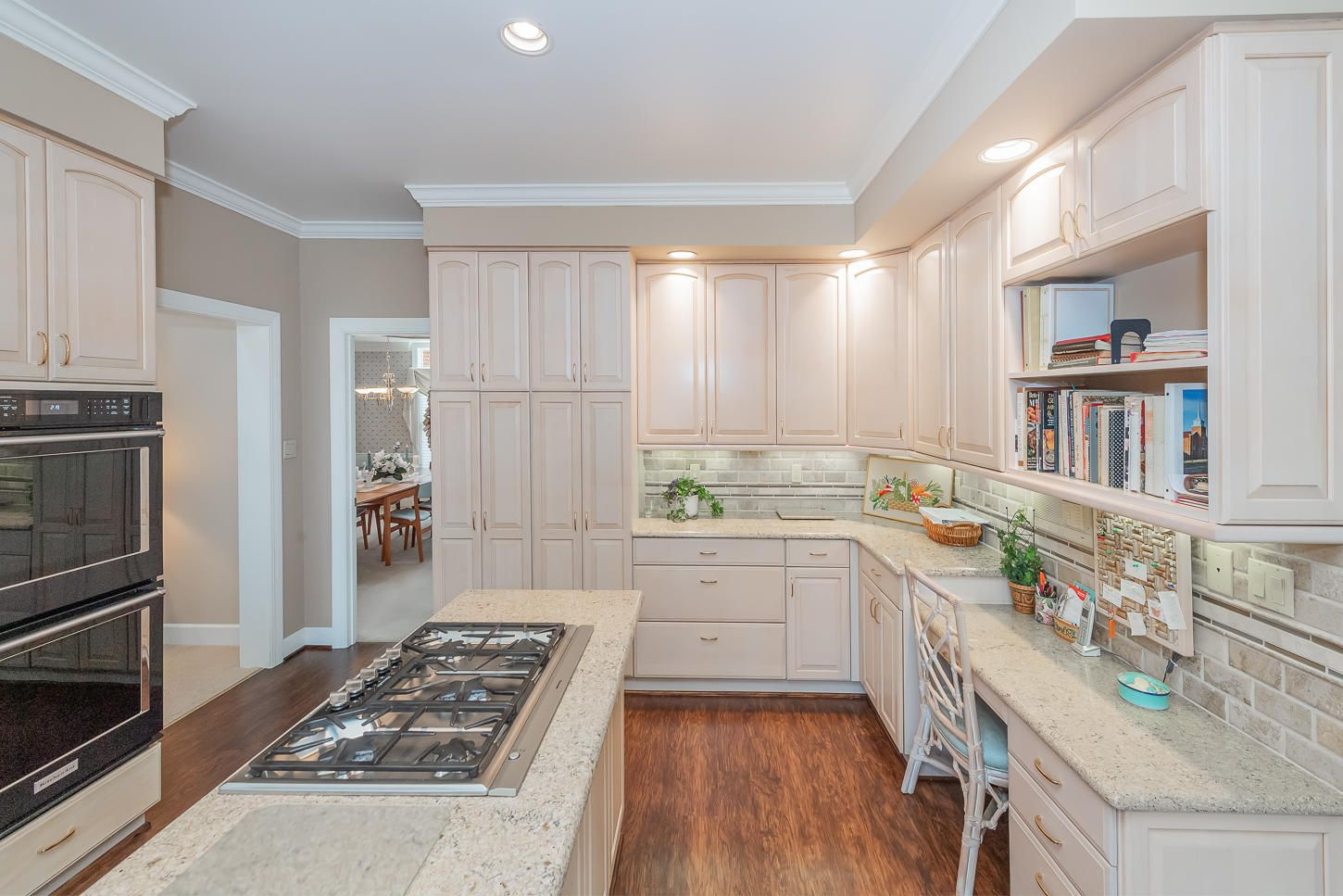 11 Kitchen cabinetry