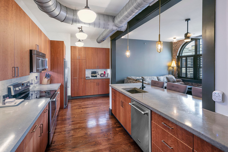 Kitchen to bar area