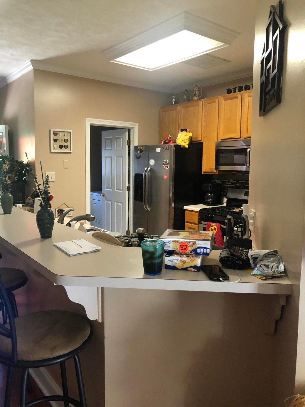 Bar/ kitchen