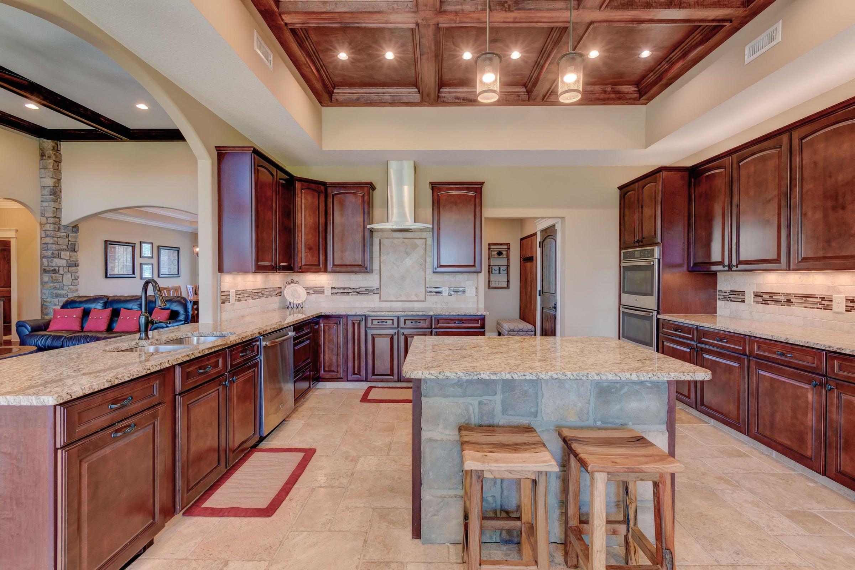 9516 W Emory Rd Kitchen