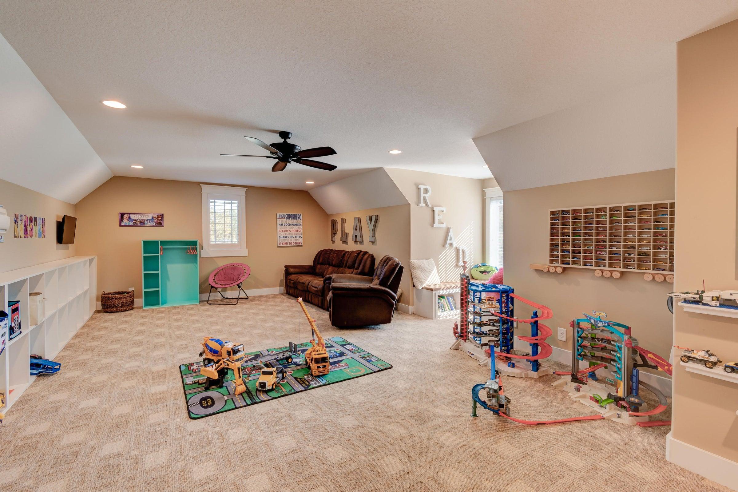 9516 W Emory Rd Bonus Room