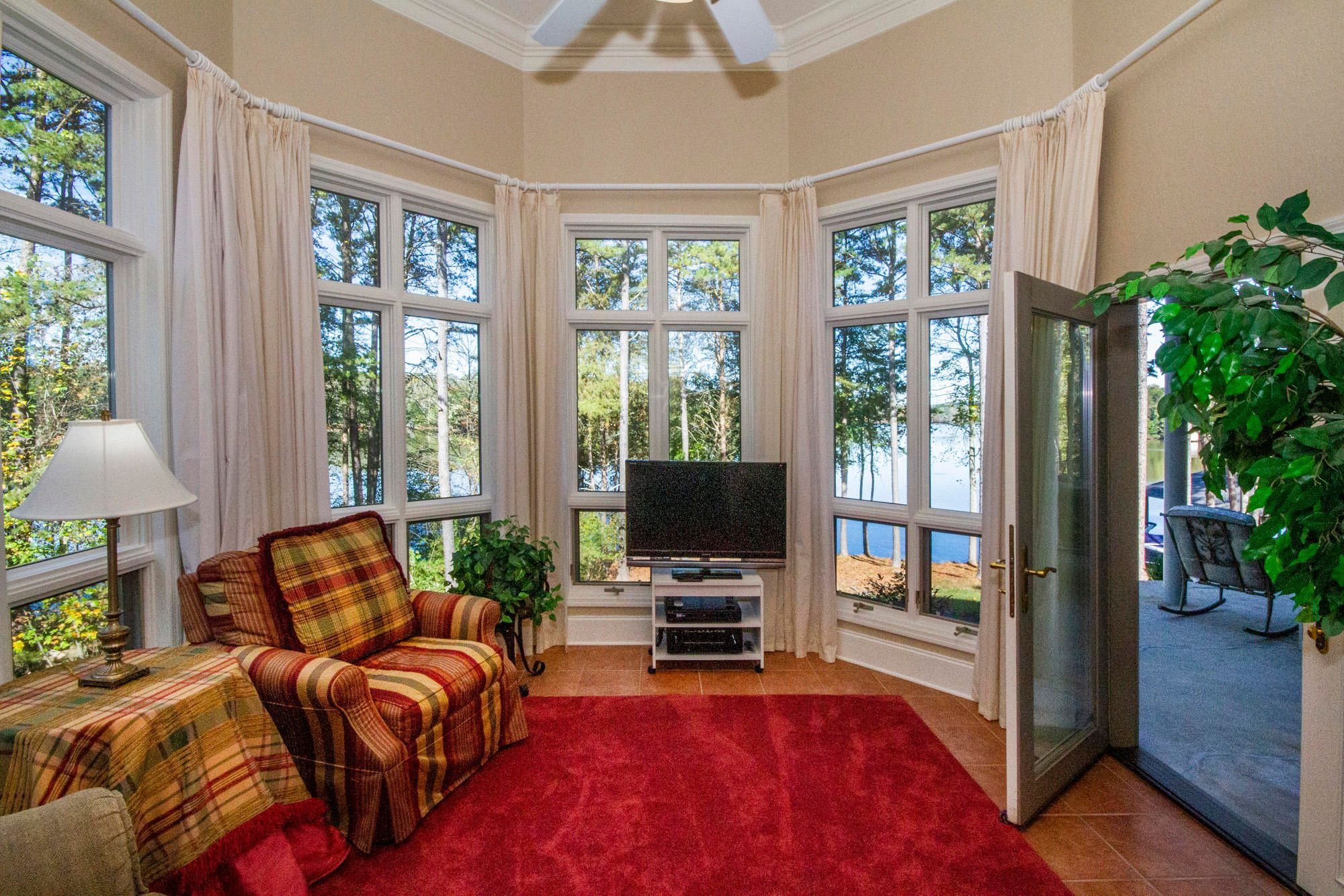 Lake View Sunroom with Deck Access!