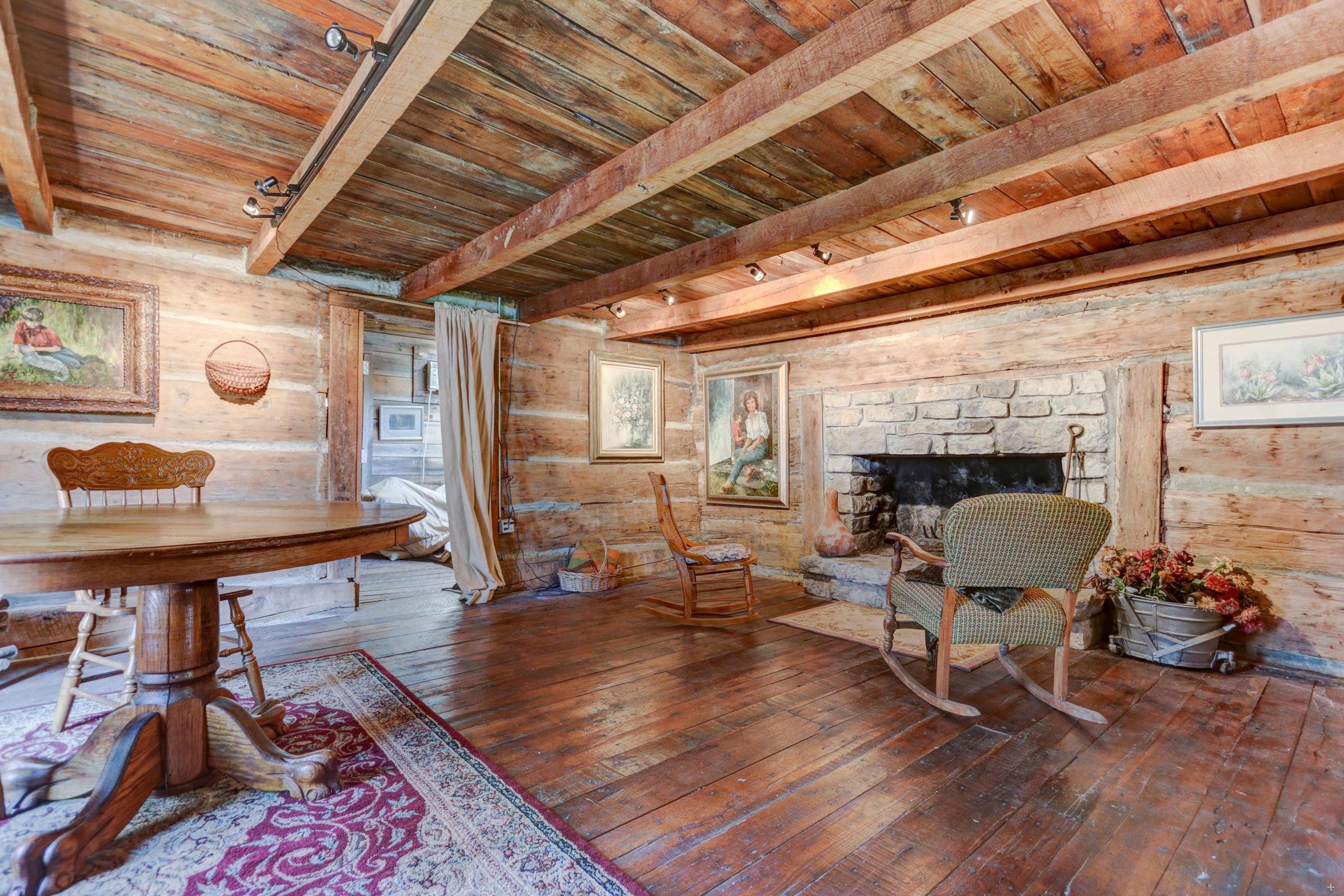 Log cabin #1 LR