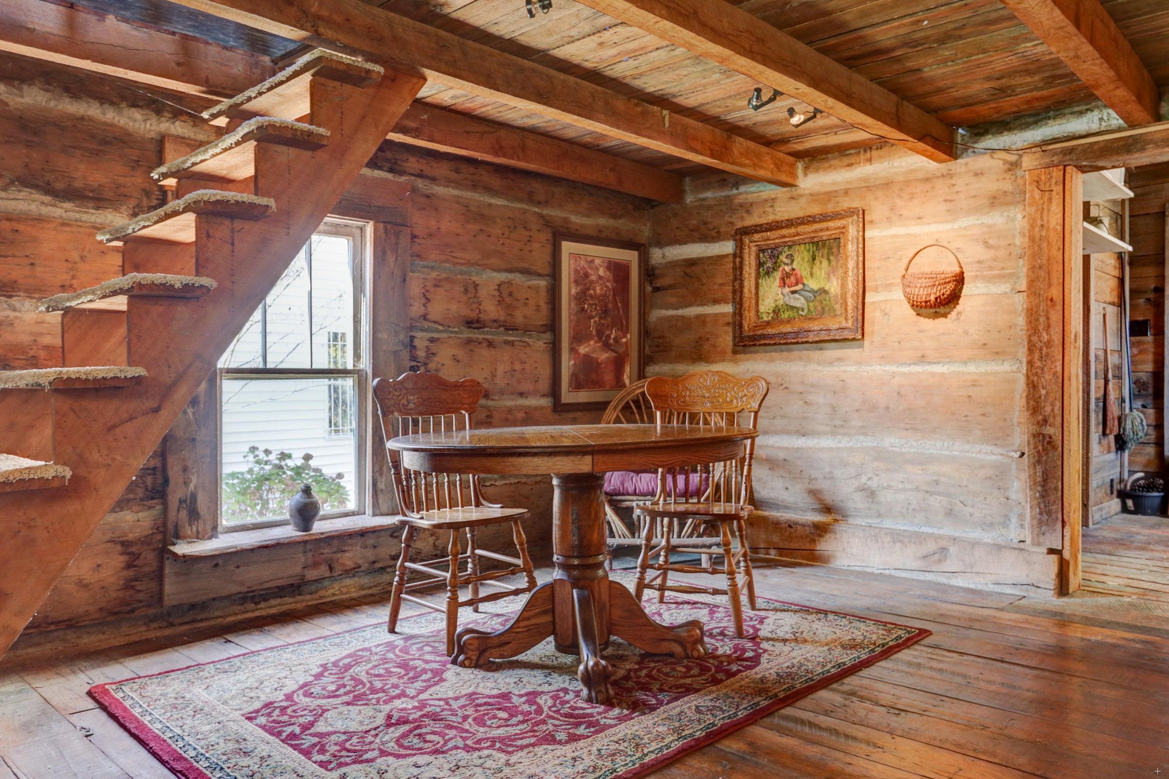 Log cabin #1 DR