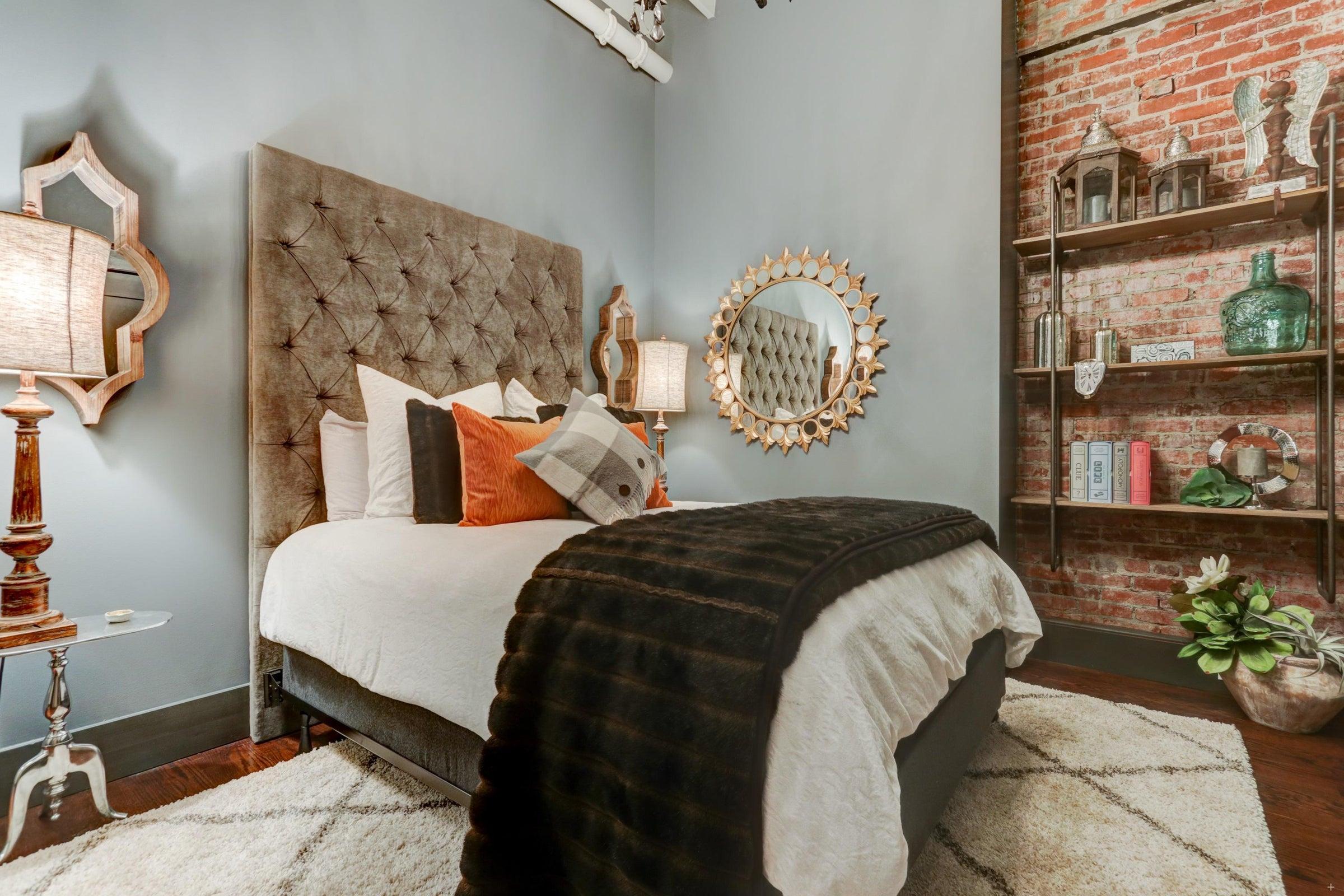 S Gay St Guest Bedroom