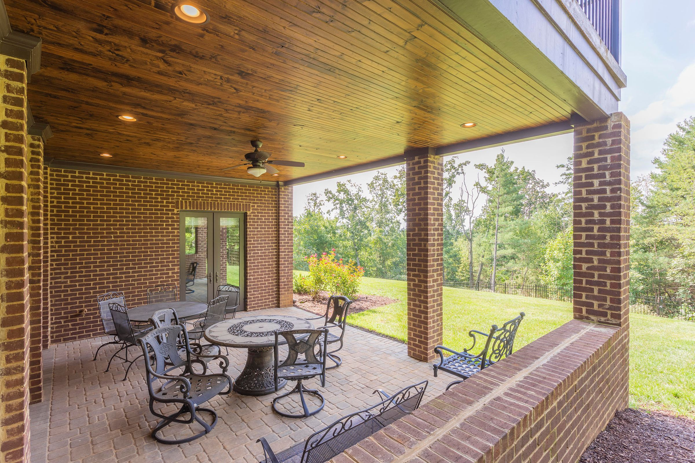 Exterior_Covered-Patio-01