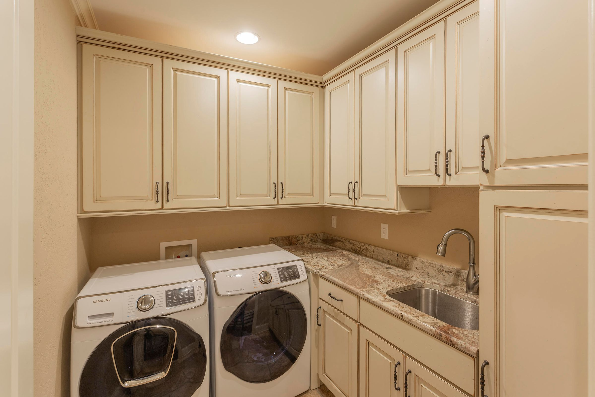 Interior_Laundry-01