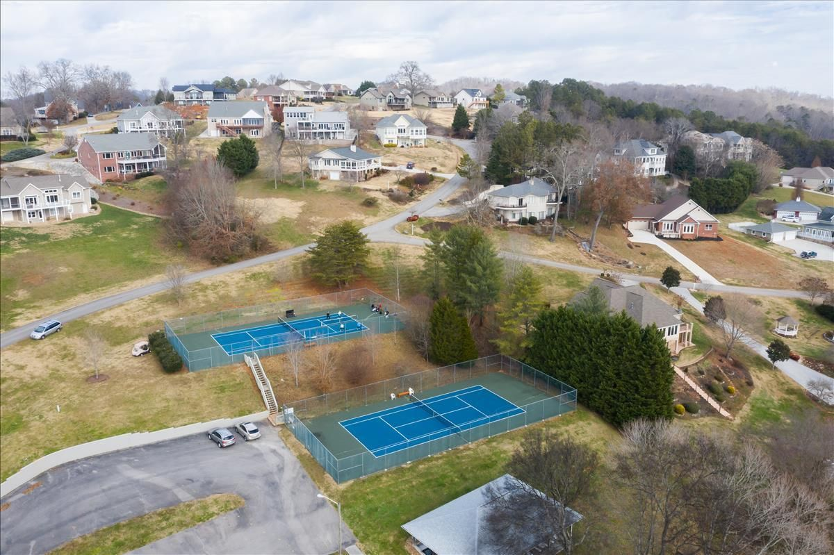 115-Southcove Tennis courts