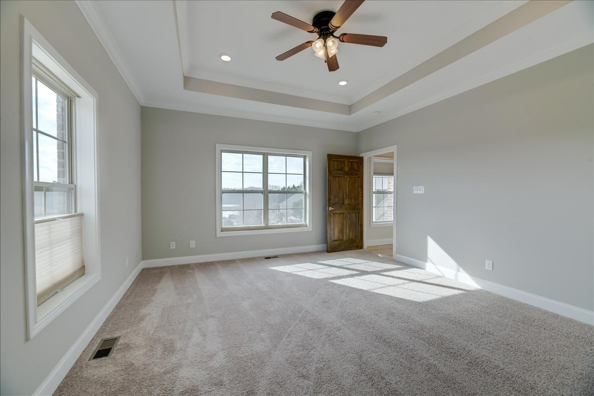 115-Southcove-Brand new carpet