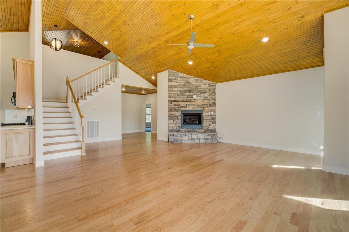 115-Southcove-Dr-Greenback-TN-Fireplace