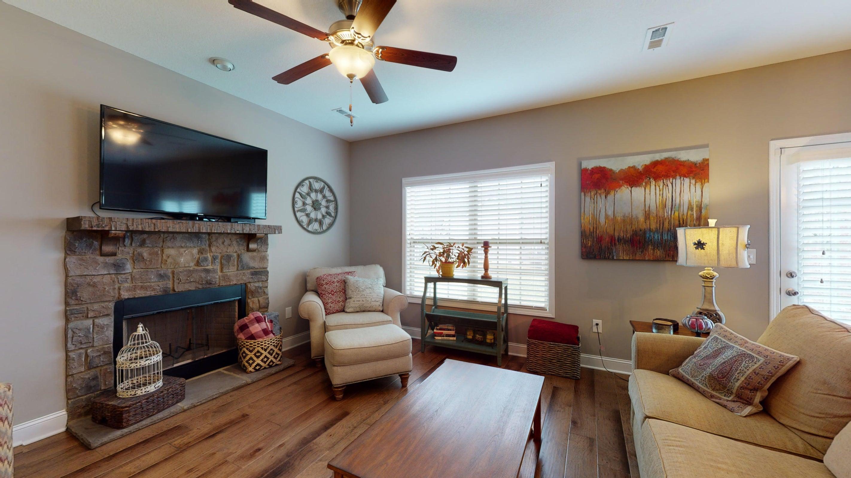 2352-Madeline-lane-Living-Room