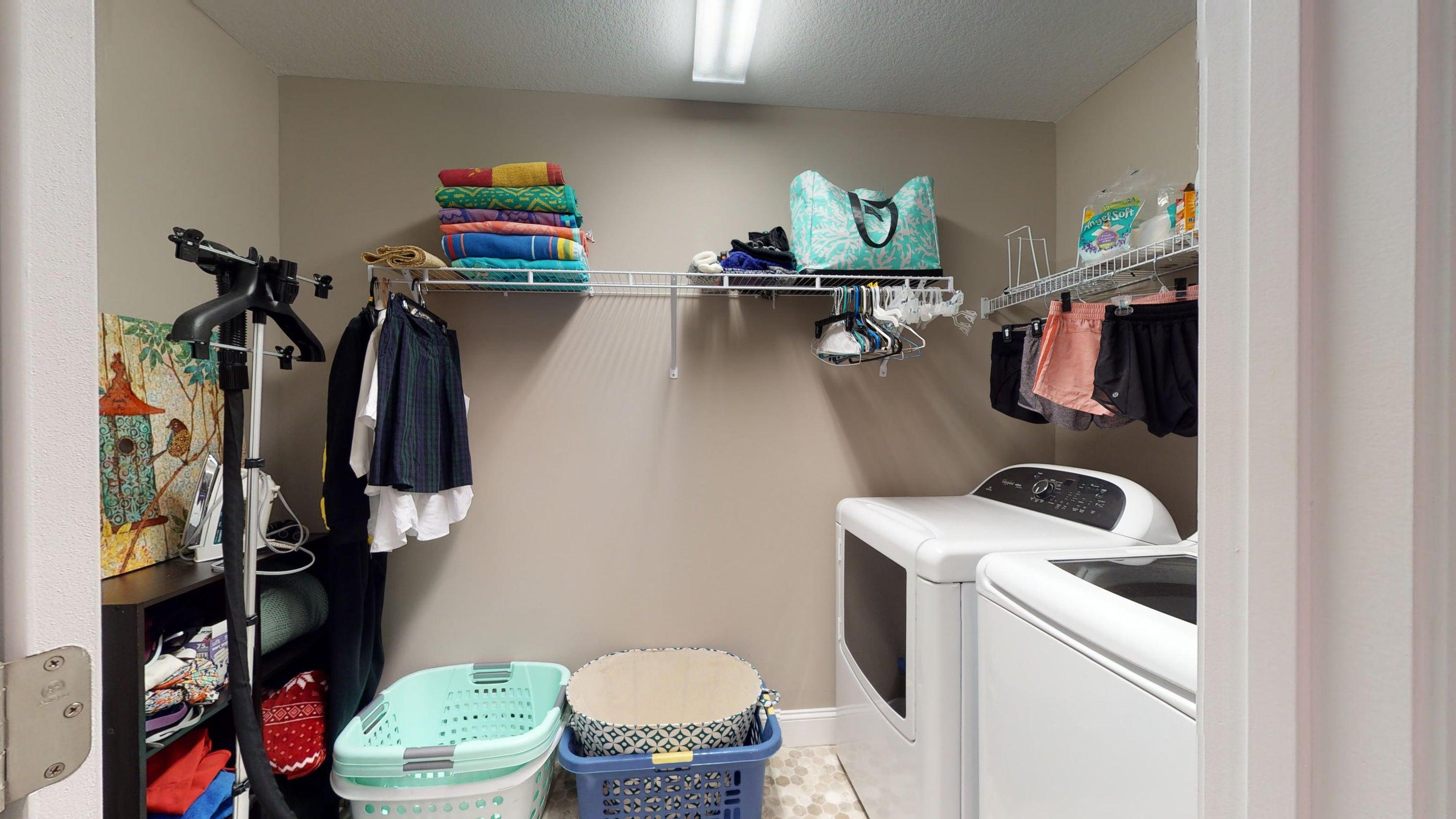 2352-Madeline-lane-Laundry