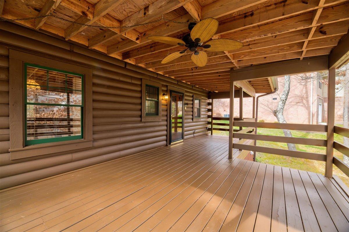 1408 Tomahawk Back Porch 2