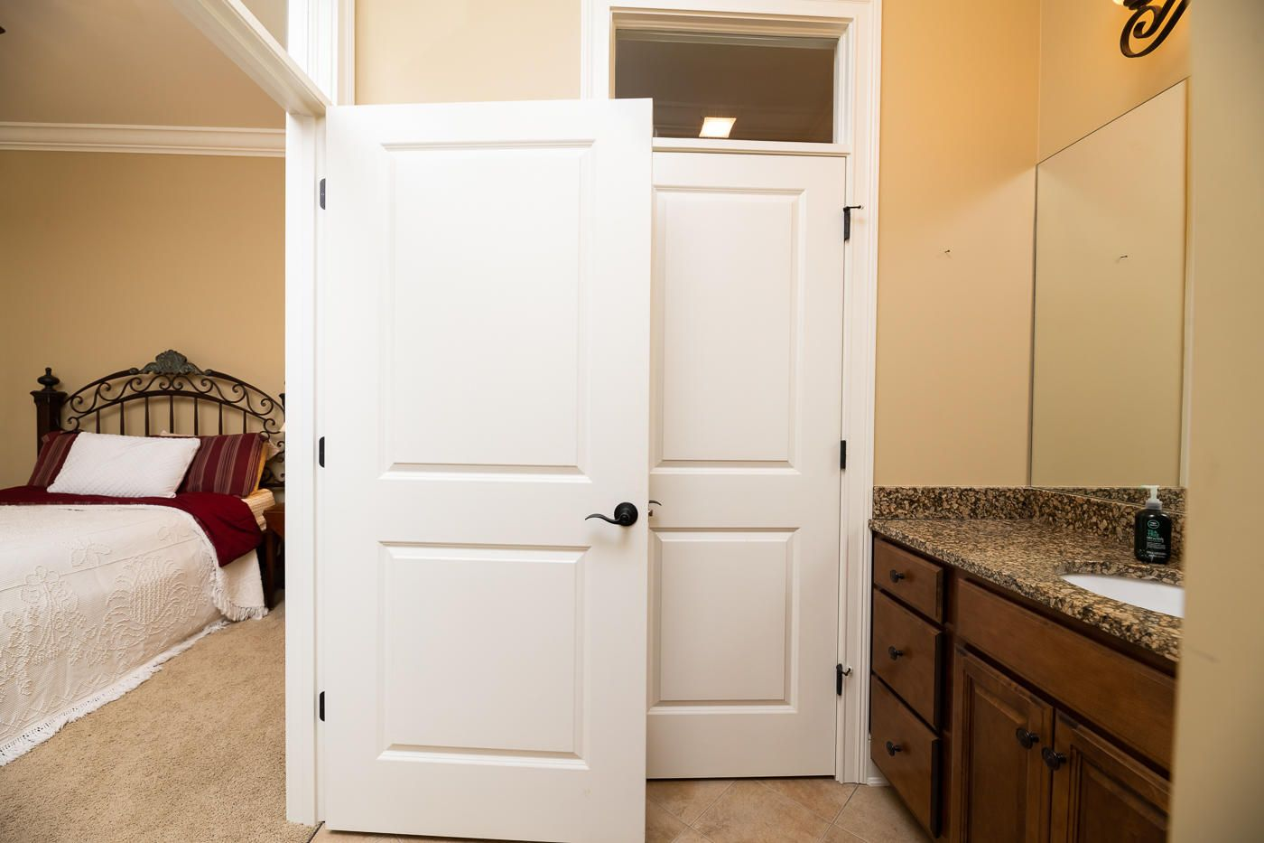 2nd Bedroom's Bathroom
