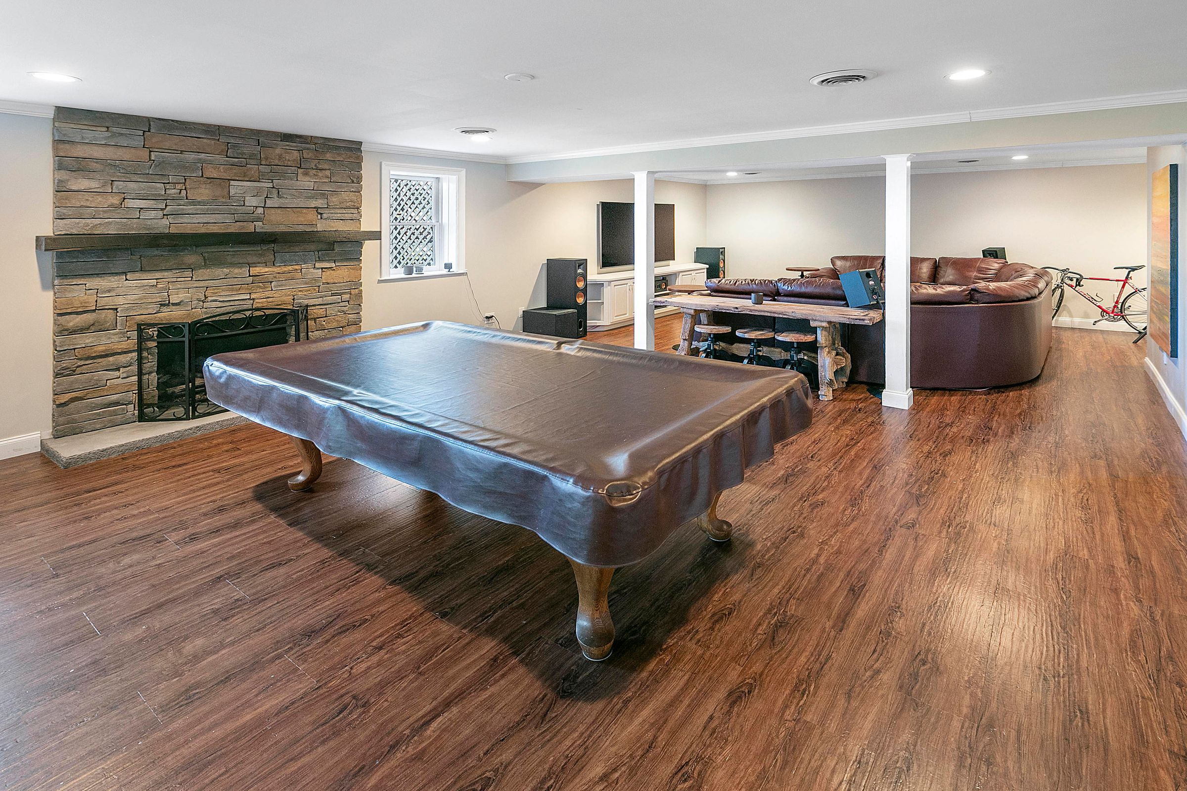 LL game room