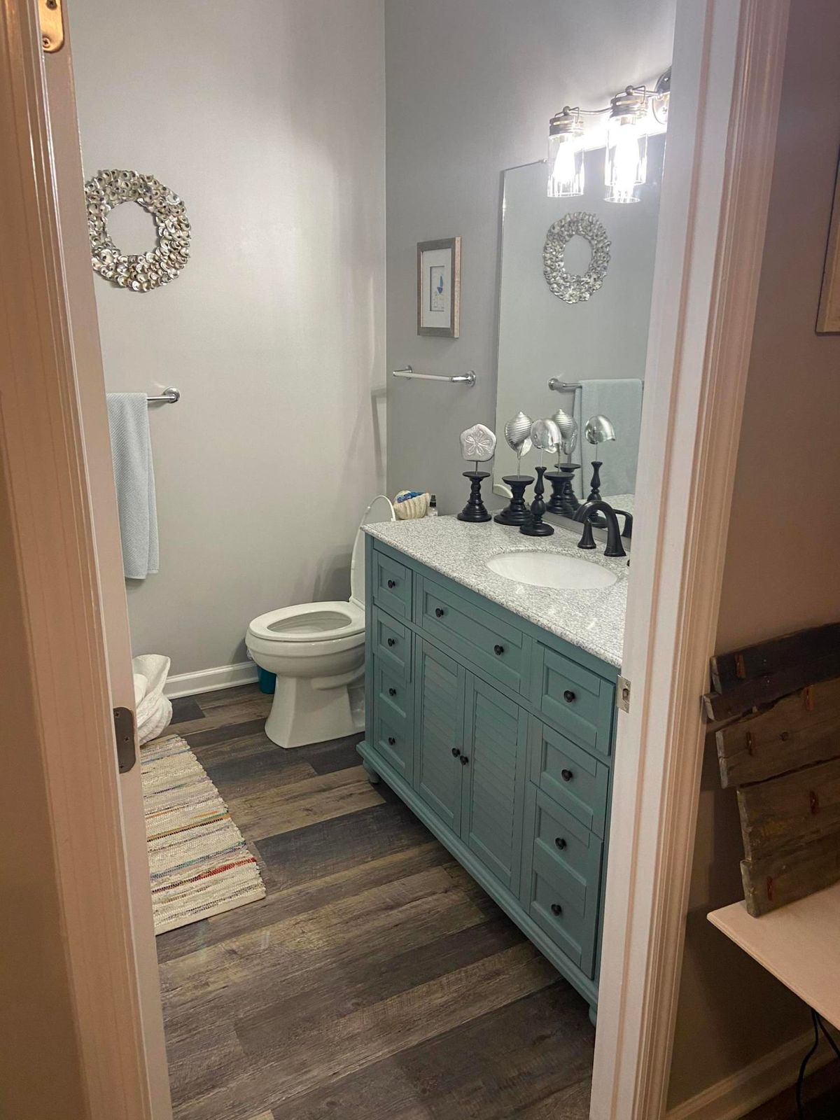 Upstairs Guest Bath (2nd Master)