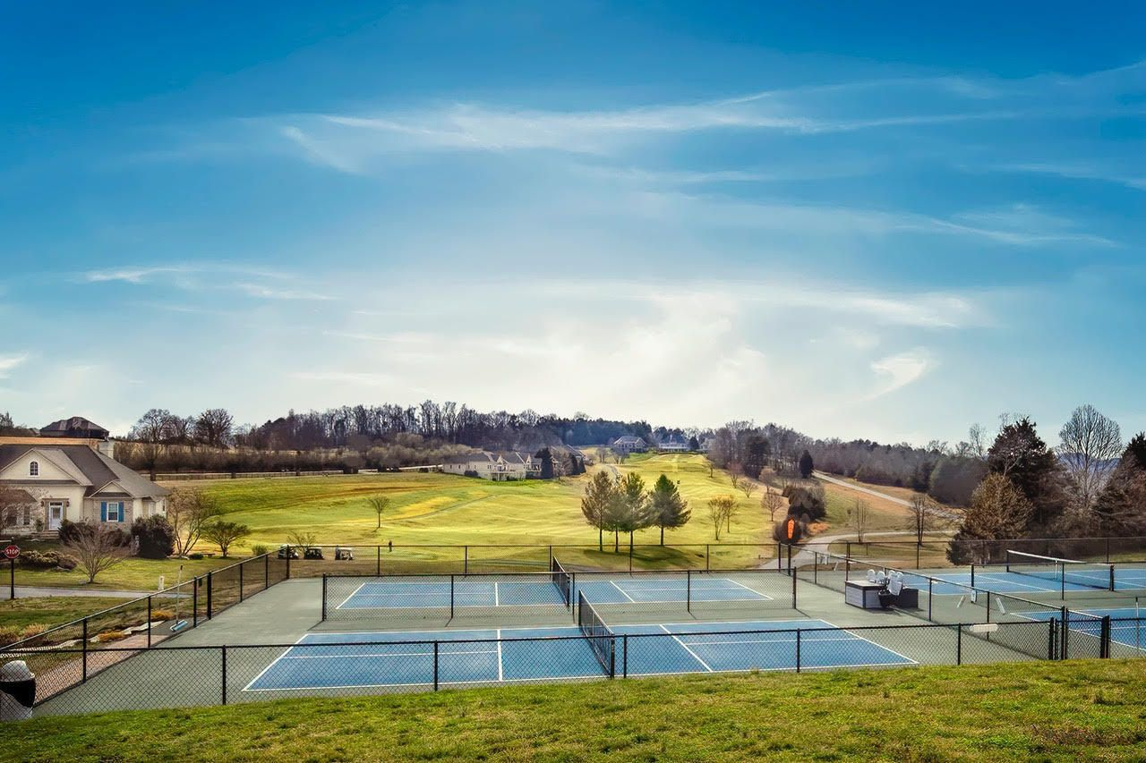RB Pickleball Courts