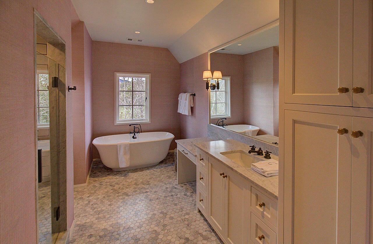 Bath (bedroom #3)