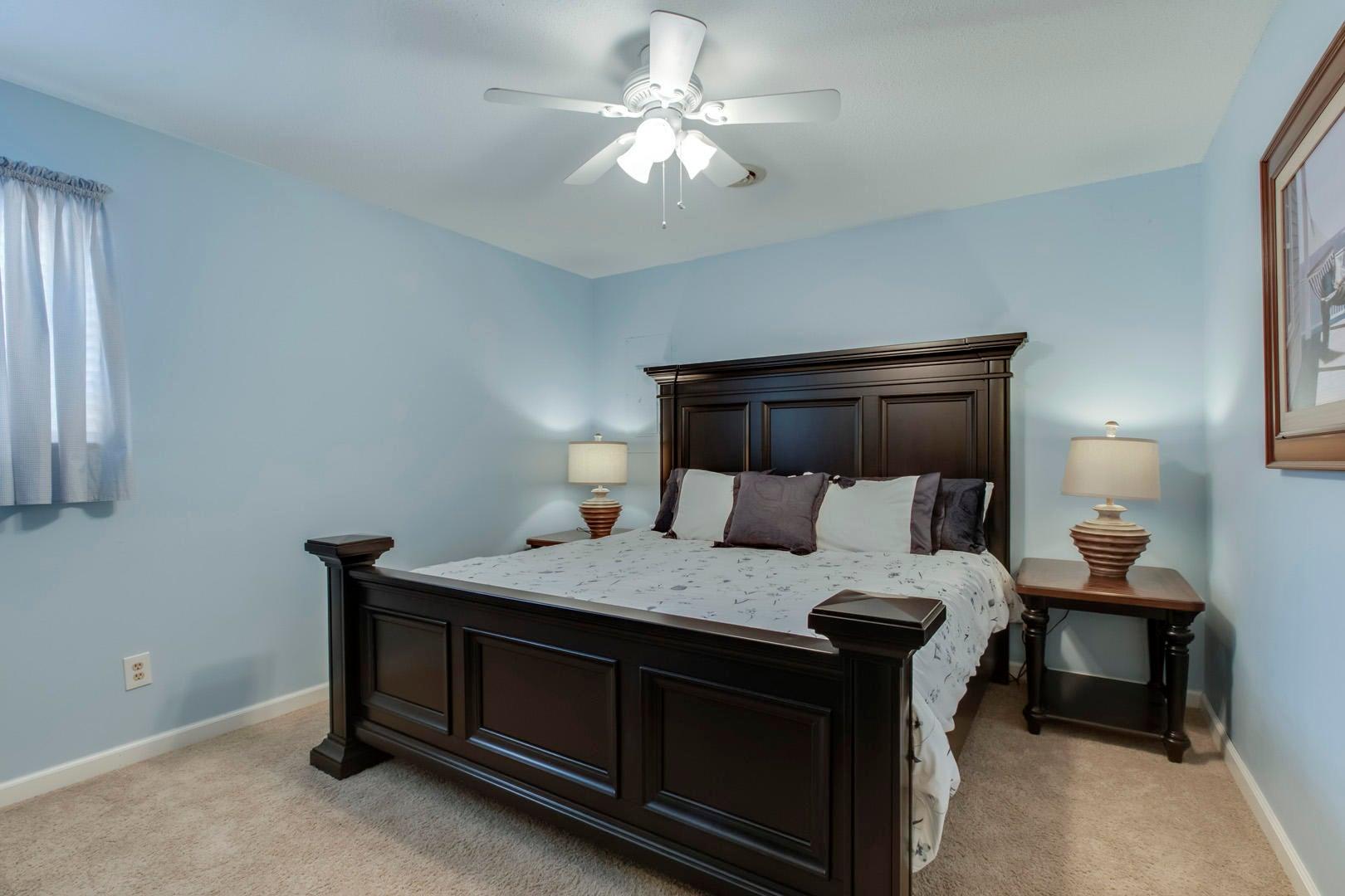 27_SandyShoreDrive_3600_Bedroom2_01