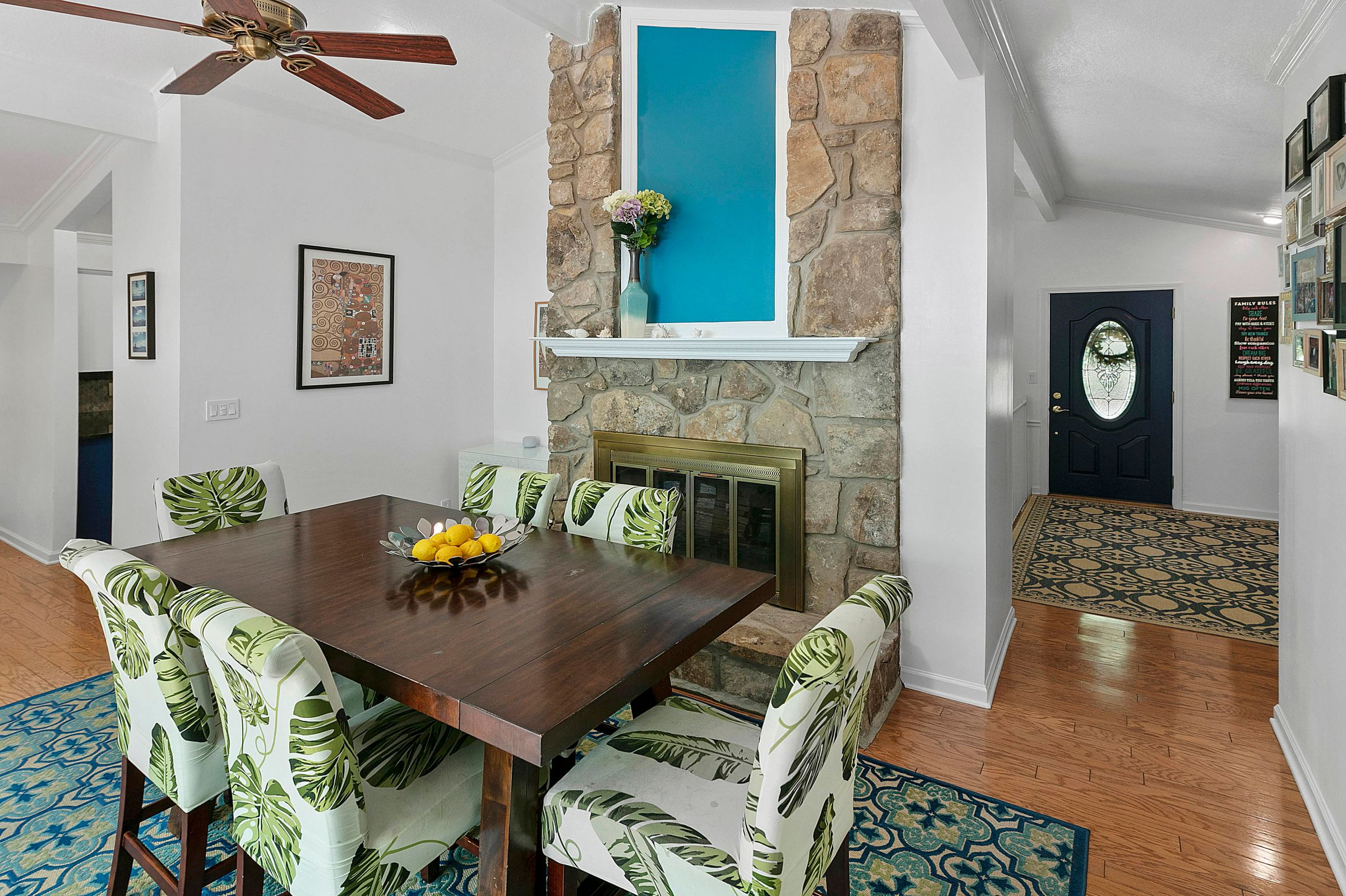 Family Room/Dining Combo
