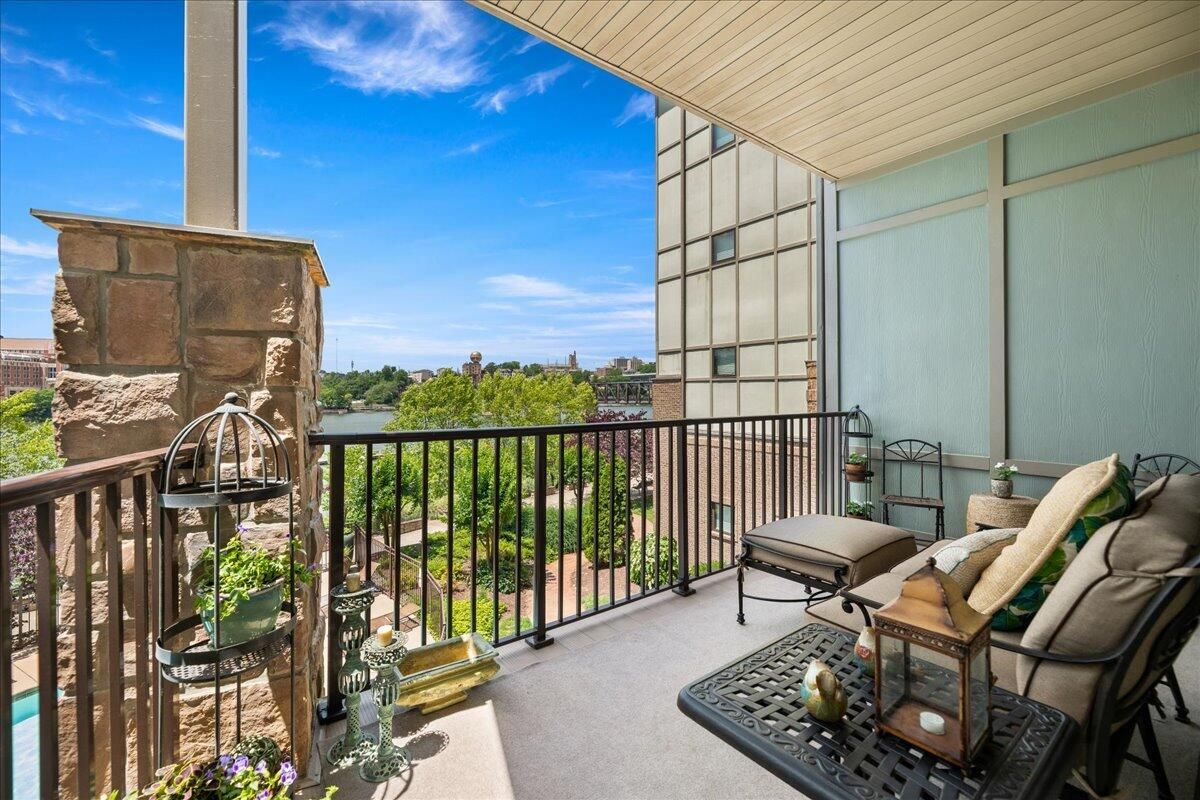 14-445-W-Blount-Ave-Knoxville-TN-Unit-21