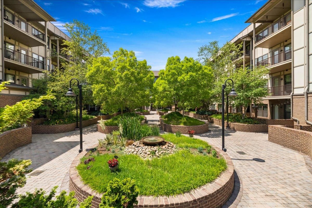 32-445-W-Blount-Ave-Knoxville-TN-Unit-21